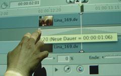Videoschnitt am Whiteboard in der Medienpädagogik