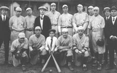 """Baseball Team"" (Ausschnitt) © J. C. Johnson, World of Images, CCDMD"
